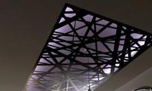 Khung bảo vệ giếng trời nhà phố hiện đại 2019