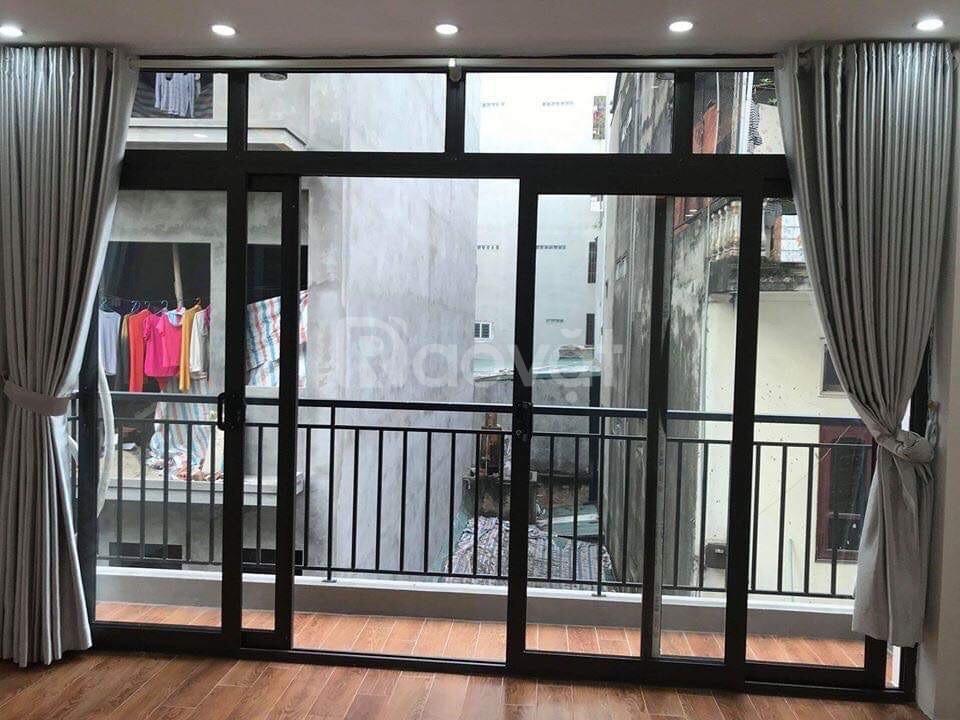 Cần bán nhanh nhà riêng 60 m2 trung tâm quận Thanh Xuân.