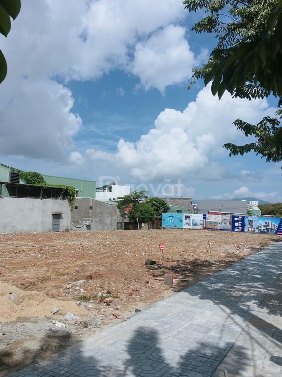 Bán đất nền phía sau bến xe Đà Nẵng DT 100m2