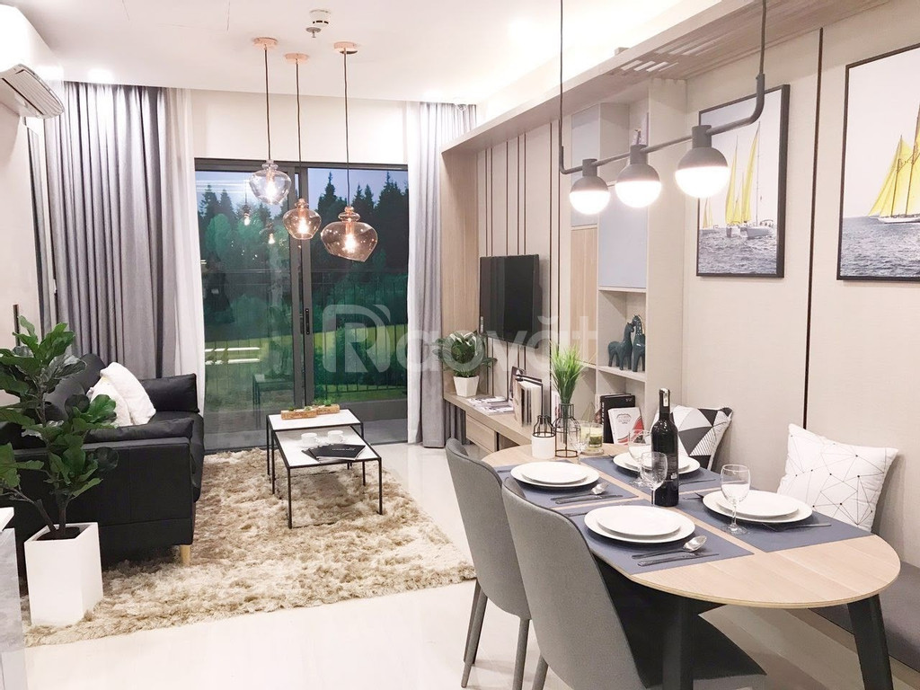 Cần bán căn hộ 2PN tại Đại độ thi Vinhomes Smart City view SVĐ Mỹ Đình