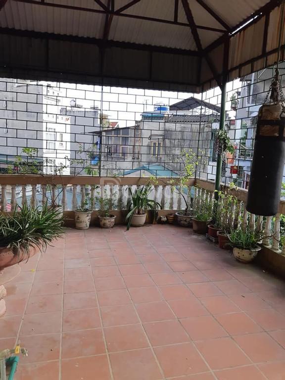 Bán nhà phố Nguyễn Khang, Cầu Giấy, lô góc, ngõ thông, 37m2, giá 3 tỷ