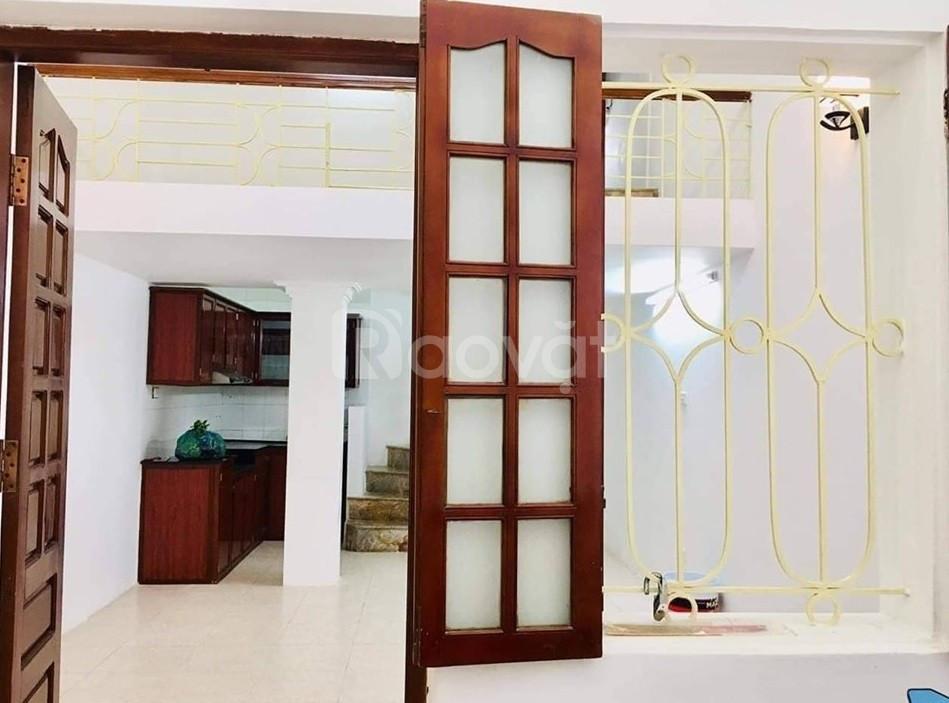 Nhà đẹp Tôn Đức Thắng, ngõ xe máy tránh, giá ra lộc chỉ 2.3 tỷ