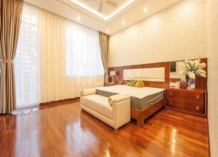 Cần bán nhà phố Hoàng Hoàng Quốc Việt, Thiết kế Châu Âu, 82m, 13.8 tỷ