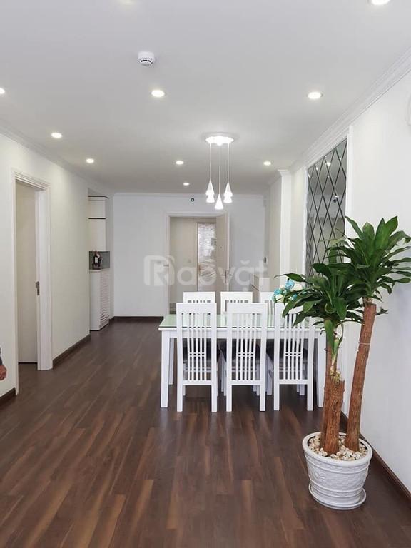 Bán căn hộ 63m, 2PN 2WC giá chỉ 1,7 tỷ full nội thất, KDT Việt Hưng