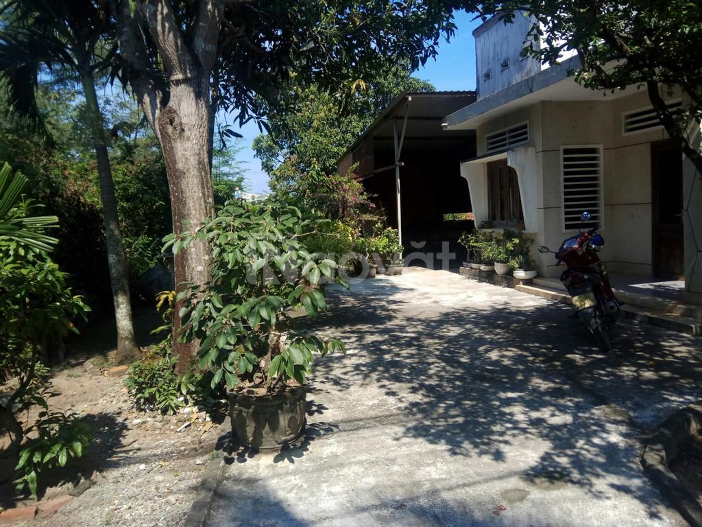 Đất + nhà trung tâm TT Thuận Nam, 646m2
