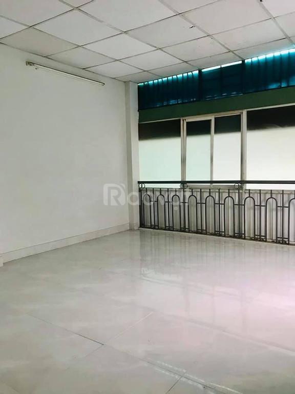 Bán gấp nhà cấp 4, 81m2 Phan Đăng Lưu, Bình Thạnh.