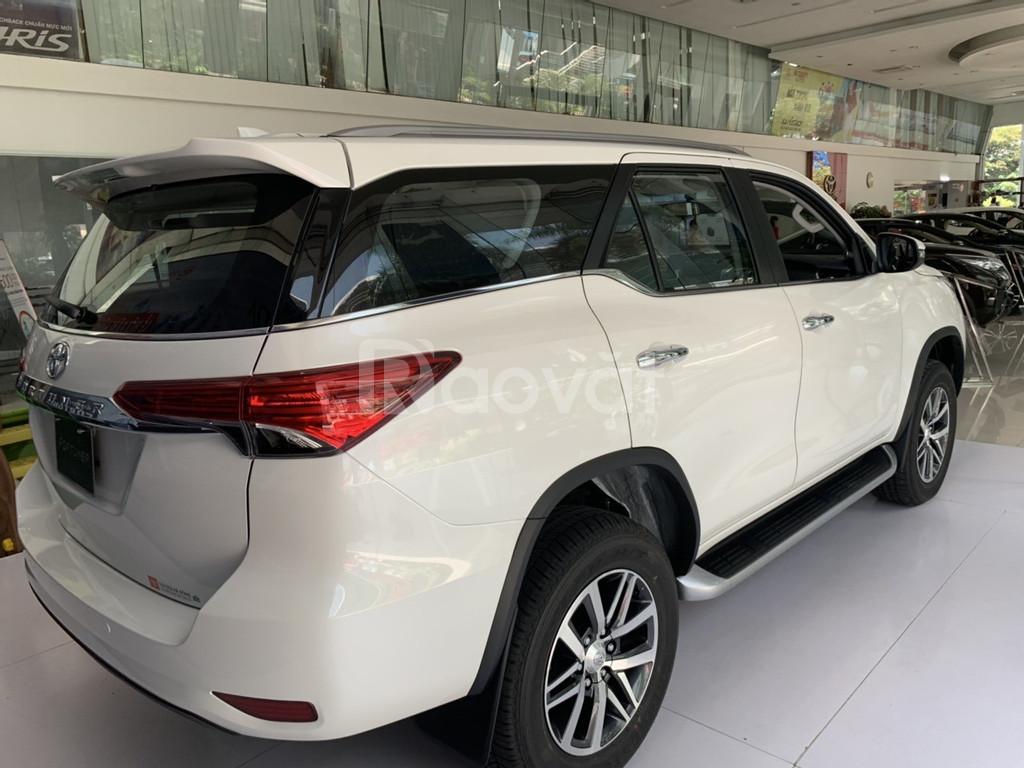 Toyota Fortuner 2.8V 2 cầu 2019 km cực lớn