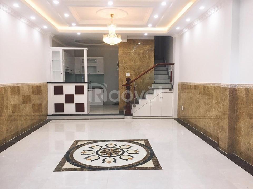 Bán nhà mặt tiền kinh doanh Quận Phú Nhuận, 5x12, 6 lầu, thang máy
