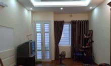 Bán nhà đẹp 30m*5T gần THCS Minh Khai, cách mặt phố 15m phân lô