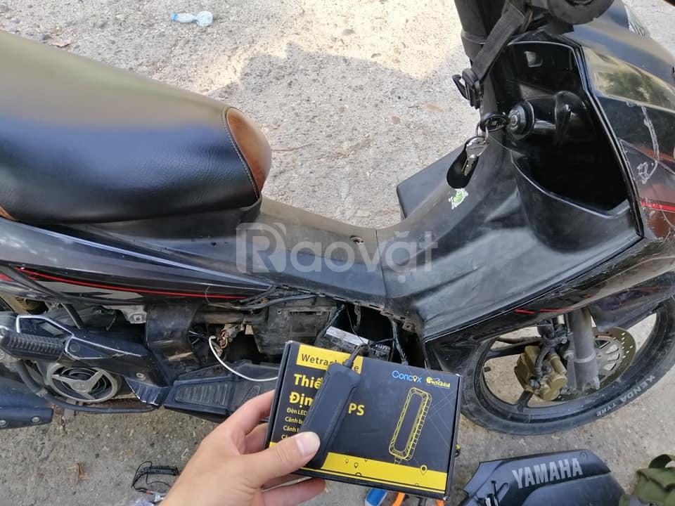 Thiết bị định vị ô tô, xe máy