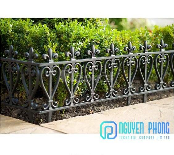 Hàng rào cổ điển sắt uốn và hiện đại với sắt tấm CNC 2019