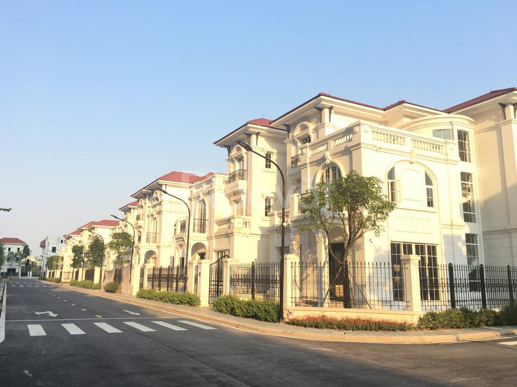 Cần bán lô góc biệt thự Embassy Garden Tây Hồ Tây 259,5m2 hướng Tây