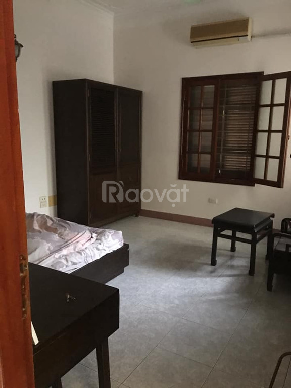Cho thuê nhà riêng Nguyễn Văn Cừ 80m2, đầy đủ nội thất, giá 15tr/tháng
