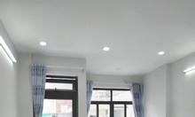 Phòng trọ quận Bình Thạnh, 25m2 mới đẹp, có ban công, cửa sổ, hẻm 7m.