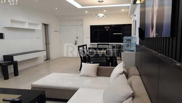 Căn góc 93m2, full nội thất giá 27tr/m2 chung cư hanhud 234 H