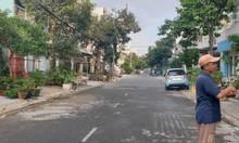 Cần bán nhà và 2 lô đất liền kề đẹp giá rẻ tại quận Bình Tân,HCM