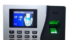 Lắp máy chấm công vân tay tại TPHCM giá rẻ, bảo hành 12 tháng.