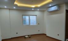 Bán gấp căn hộ 3 phòng ngủ, KĐT Nghĩa Đô, dt 93m2, giá 3 tỷ