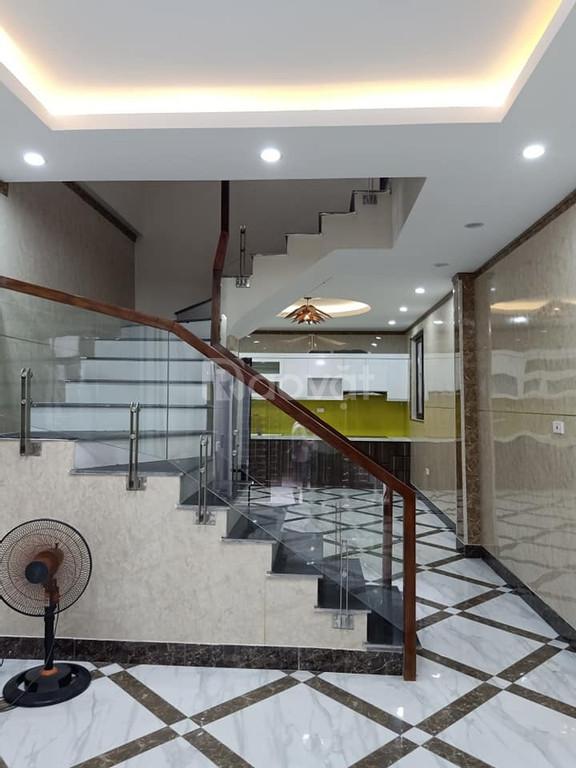 Bán Nhà Thịnh Quang,Đống Đa, 46m2,5Tầng,MT 4.5, ngõ rộng, dân trí cao