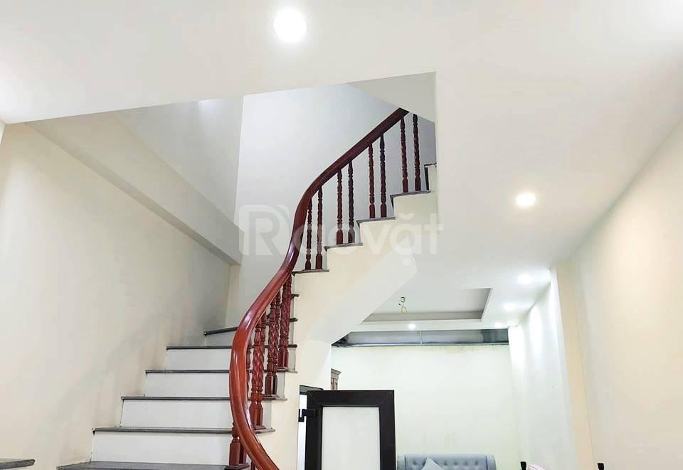 Bán nhà đẹp phố Khương Trung - 342 xẩng - 30m ra mặt phố - giá 2.x tỷ.