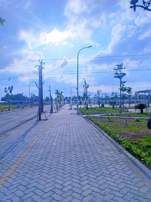 Đất nền trung tâm TP Quảng Ngãi, SHR, tự do XD và KD, chỉ 700tr