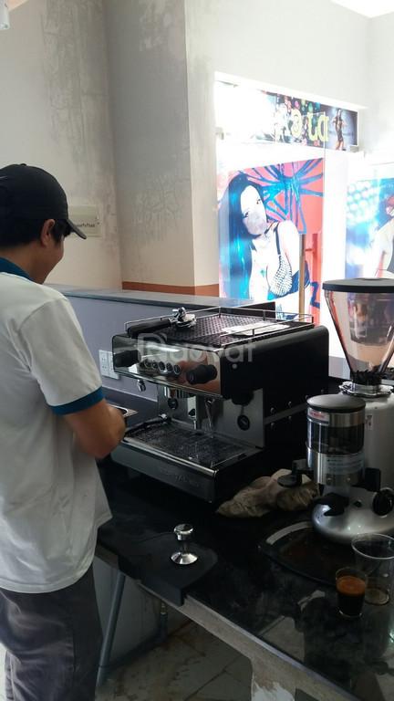 Tài trợ máy pha cafe cho quán và văn phòng