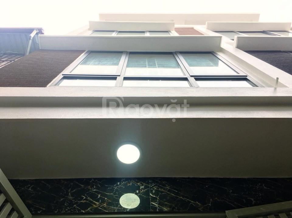 Nhà xây mới ngõ 136 Nguyễn An Ninh,DT 35m2x5T, ô tô vào nhà
