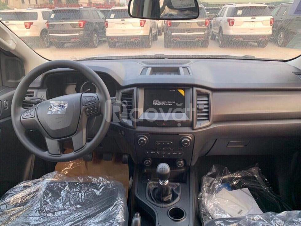 Ford Everest Ambiente 4x2 MT 2019 giá vô địch chỉ có trong tháng này