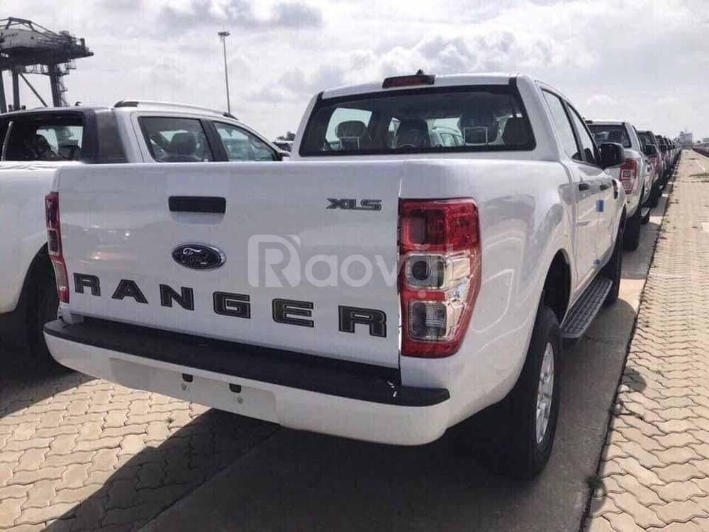 Ford Ranger XLS MT 2019 nhập khẩu khuyến mại đặc biệt cuối năm