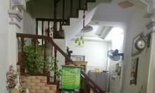Bán gấp nhà đẹp phố Hào Nam, Quận Đống Đa, 32m2 x 4 tầng, ngõ ba gác chạy, giá chào 3 tỷ.