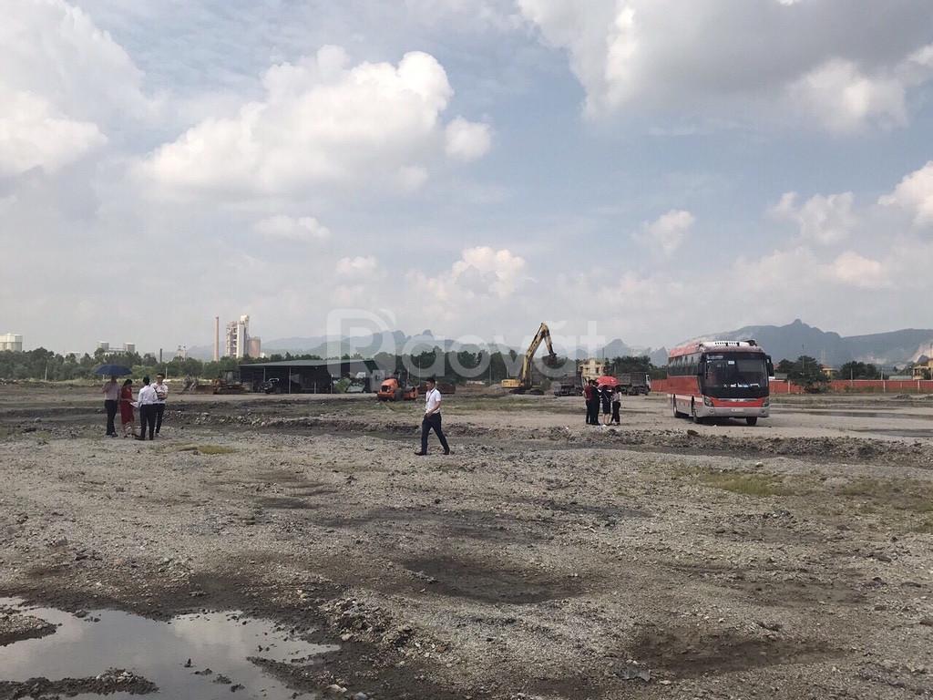 Biệt thự ven biển Hạ Long, đất nền rẻ thị trường
