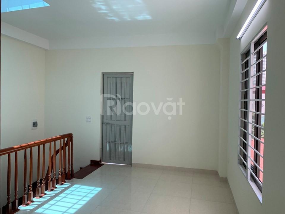 Chính chủ bán nhà ngay đường Phan Trọng Tuệ CC Đại Thanh 5 tầng