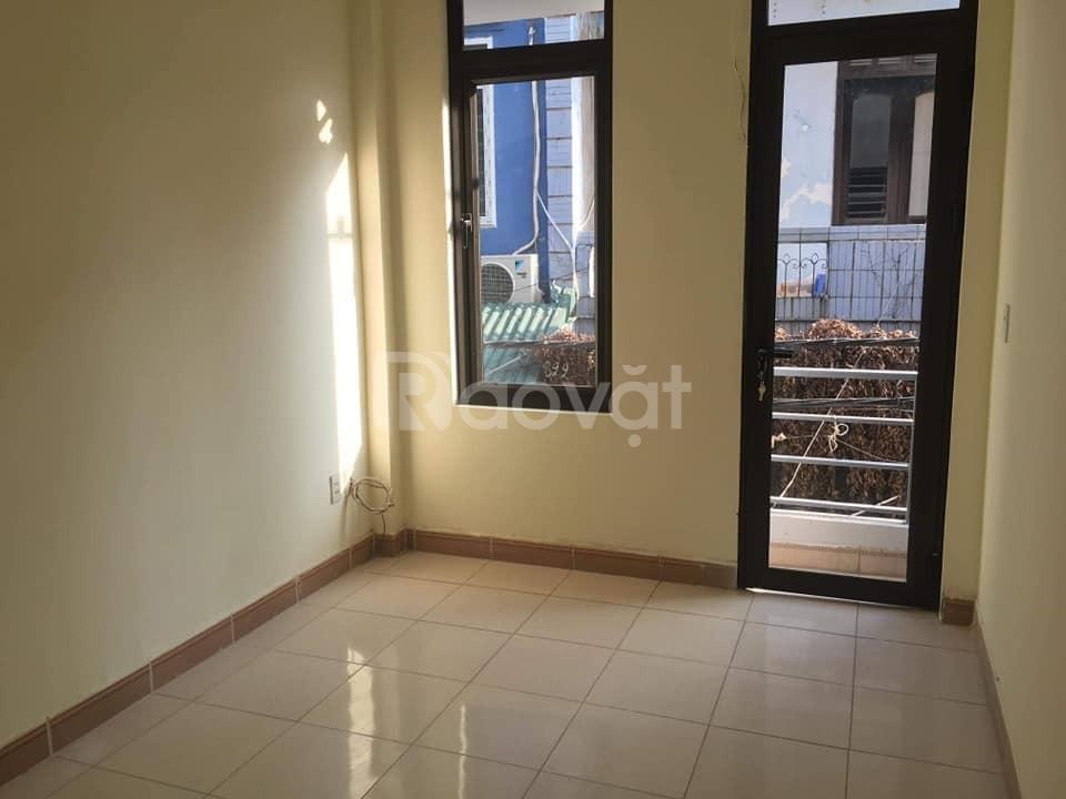 Bán nhà mặt phố Trần Duy Hưng vị trí đẹp vừa ở vừa kinh doanh 5,5 tỷ
