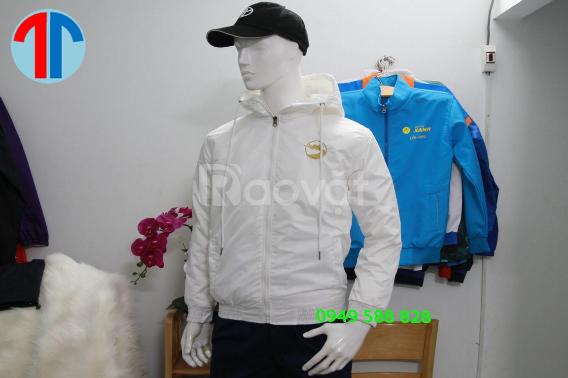 Xưởng may đồng phục áo khoác áo gió uy tín chất lượng tại Đà Nẵng