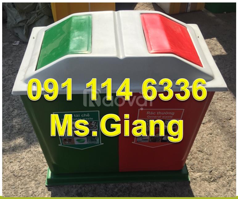 Công ty cung cấp thùng rác 2 ngăn màu đen, màu xám có bàn đạp