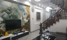 Cần bán gấp nhà xây mới 2017 tại Giang Biên, Long Biên, Hà Nội