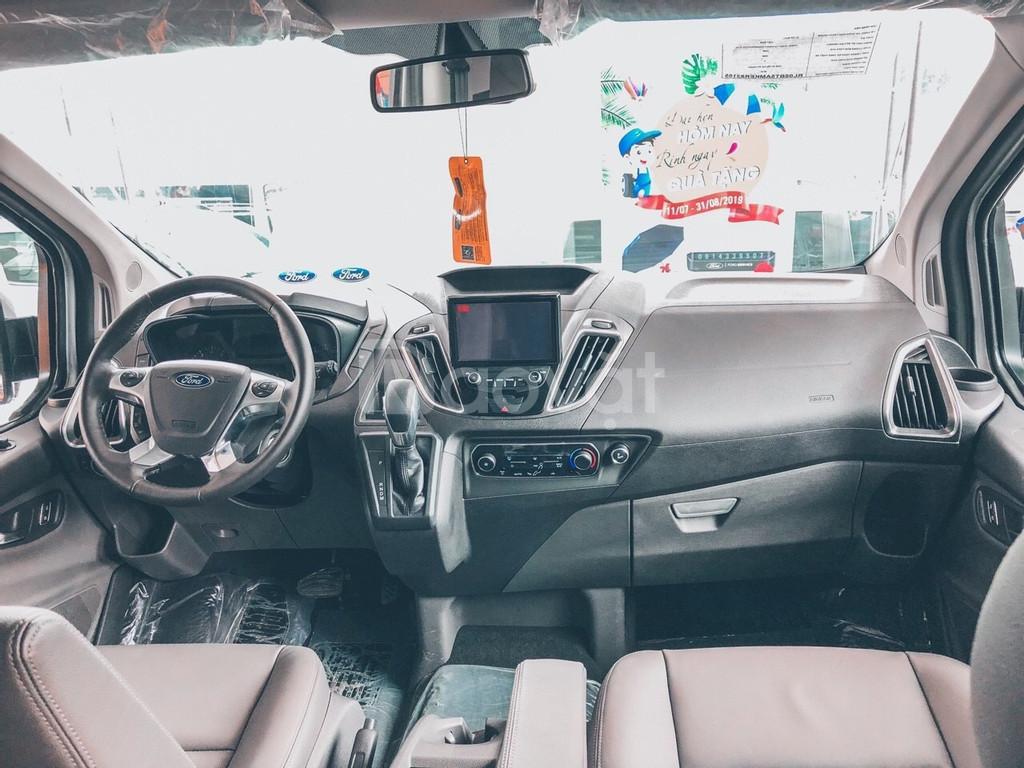 Ford Tourneo, 7 chỗ đúng chuẩn cho gia đình