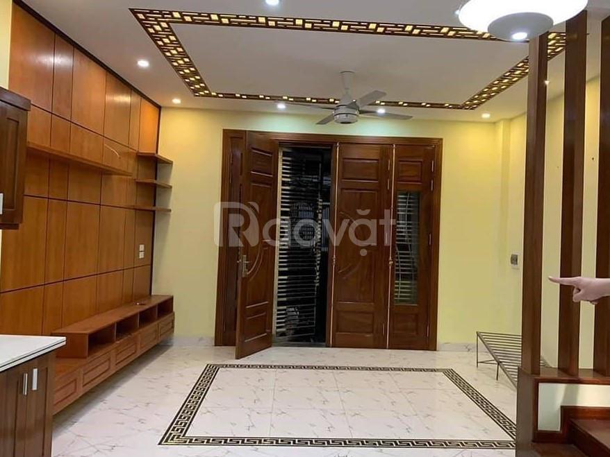 Bán nhà Nguyễn Trãi, nhà đẹp, cách phố 50m, 2 mặt thoáng, 37m2, 4 tầng, 3 tỷ.