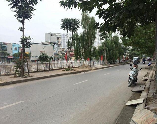 Bán nhà khu phân lô Vũ Tông Phan, gần mặt phố, ô tô đỗ cửa