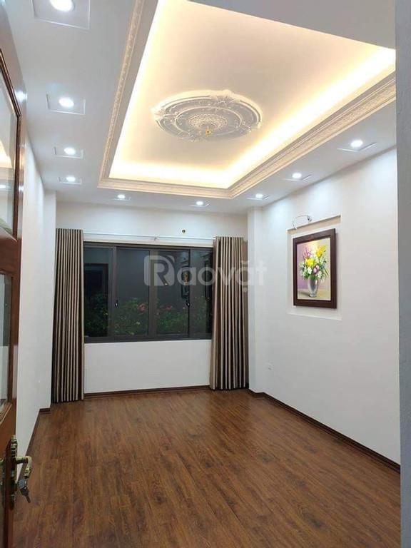 Bán nhà Văn Hương – Đống Đa, 5 tầng nhà đẹp giá 2.6 tỷ.