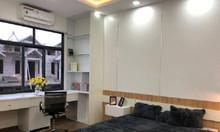 Nhà phố Lương Định Của nhà đẹp 3 thoáng, thiết kế chuẩn