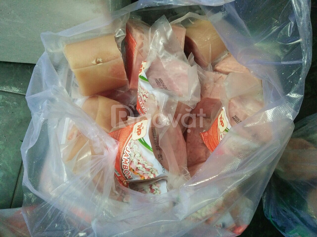 Hàng Bánh mì Ba tê, Da bao, Thịt nguội, Chả lụa tại Bình Dương
