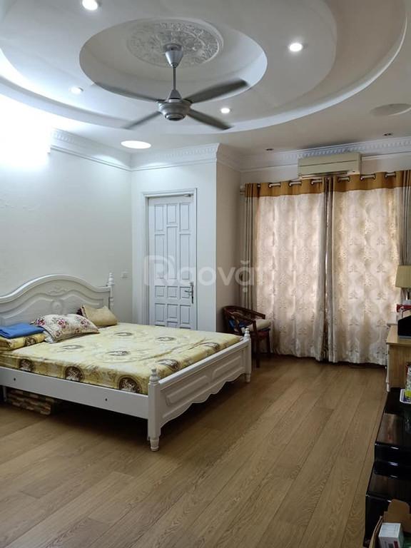 Bán nhà trong ngõ 288 Phạm Văn Đồng DT100m, MT6, giá 10.5 tỷ