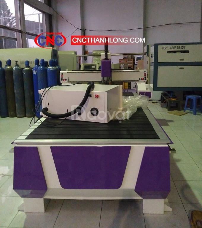 Máy cnc 1325 cắt quảng cáo, máy cnc 1 đầu cắt gỗ công nghiệp giá rẻ