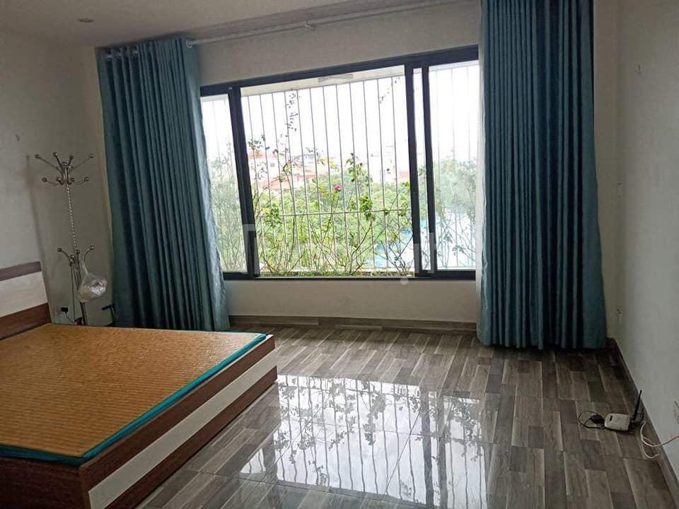 Lô góc, 3 thoáng phố Hoàng Quốc Việt, 60m2, 4 tầng hiện đại, 20m ô tô