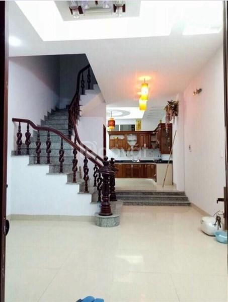 Bán nhà gần ngay Ngã Tư Sở, Q.Thanh Xuân, 35m2 x 3,5 tầng, ngõ ô tô qua, giá 3,2 tỷ.
