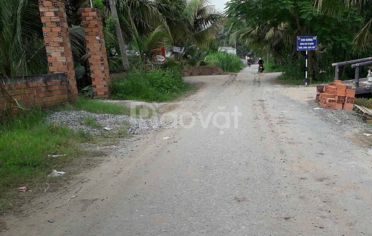Cần tiền bán gấp lô đất sát quốc lộ 1A, gần KCN Tân Hương.