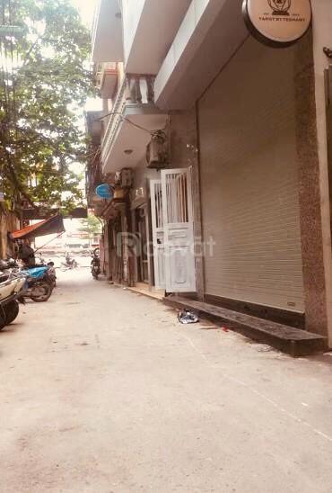 Cần bán nhà riêng phố Thái Thịnh, ở ngay giá 4.2 tỷ