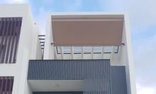 Bán nhà mới kèm nội thất sang trọng, gầnngã tư đường lớn thông ra sân