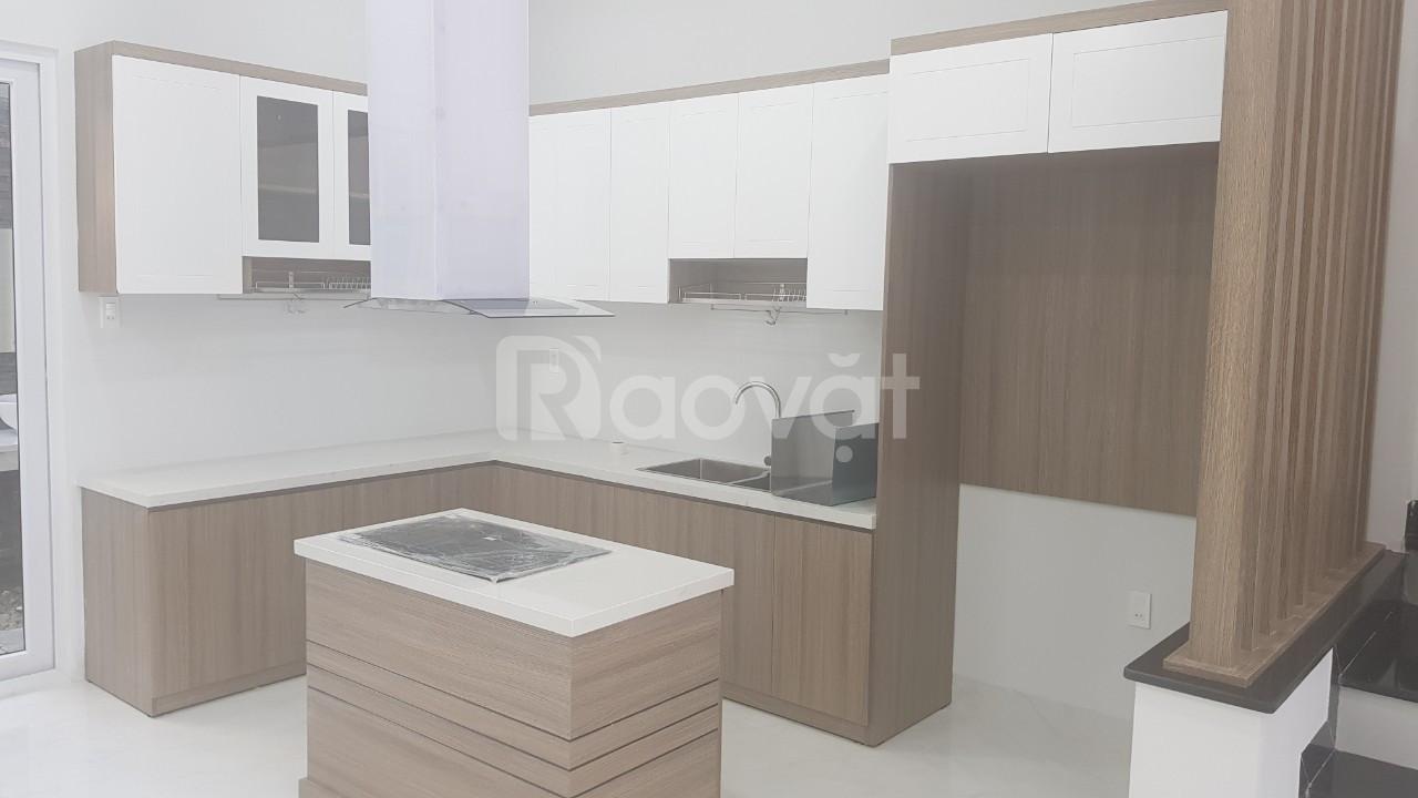 Không sử dụng bán nhà mới, hiện đại kèm nội thất Nha Trang